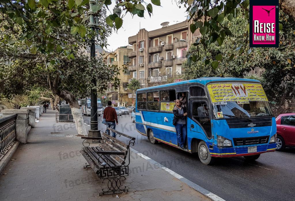 Öffentlicher Bus in Kairo